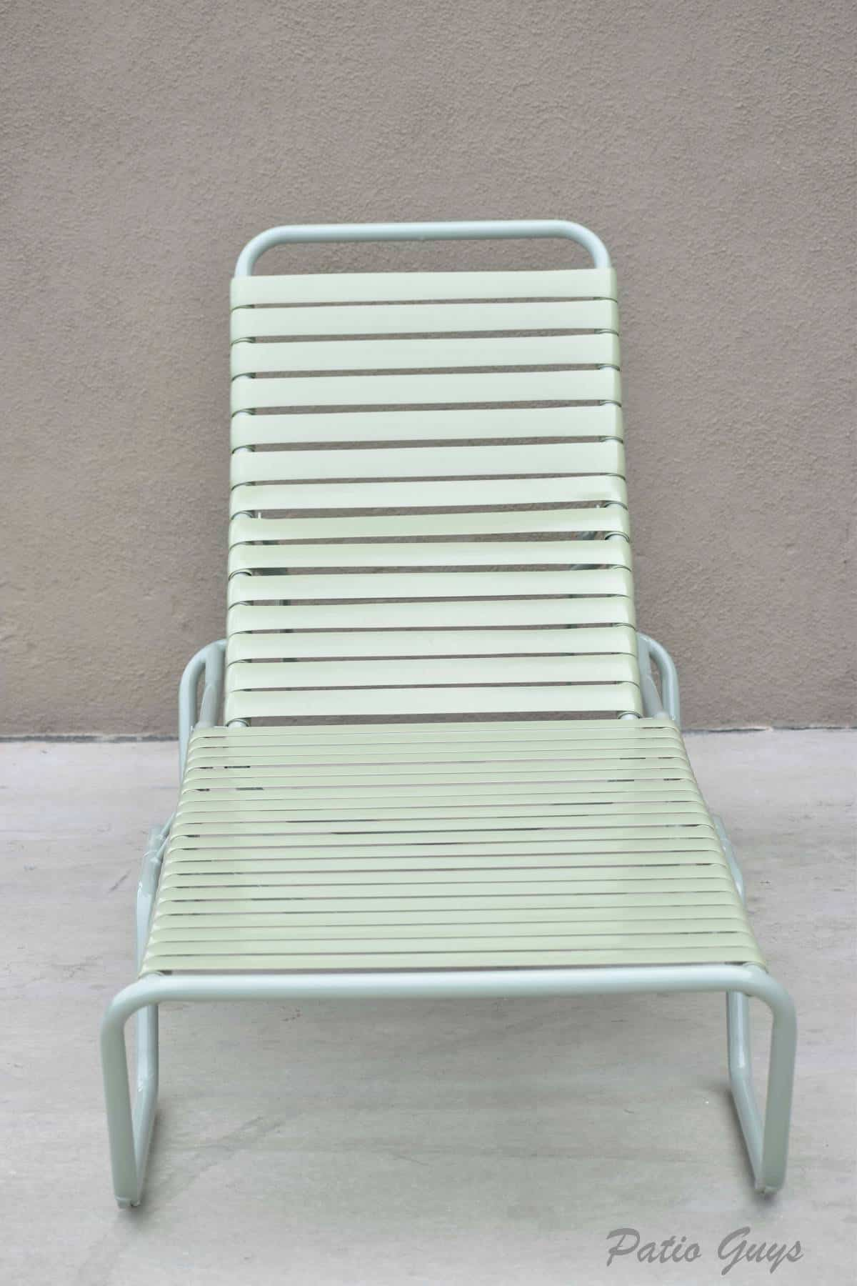 Brown Jordan Light Green Straight Strap Chair